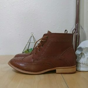 Wanted Shoes - SOLD NWOT Brogue Oxford Boots